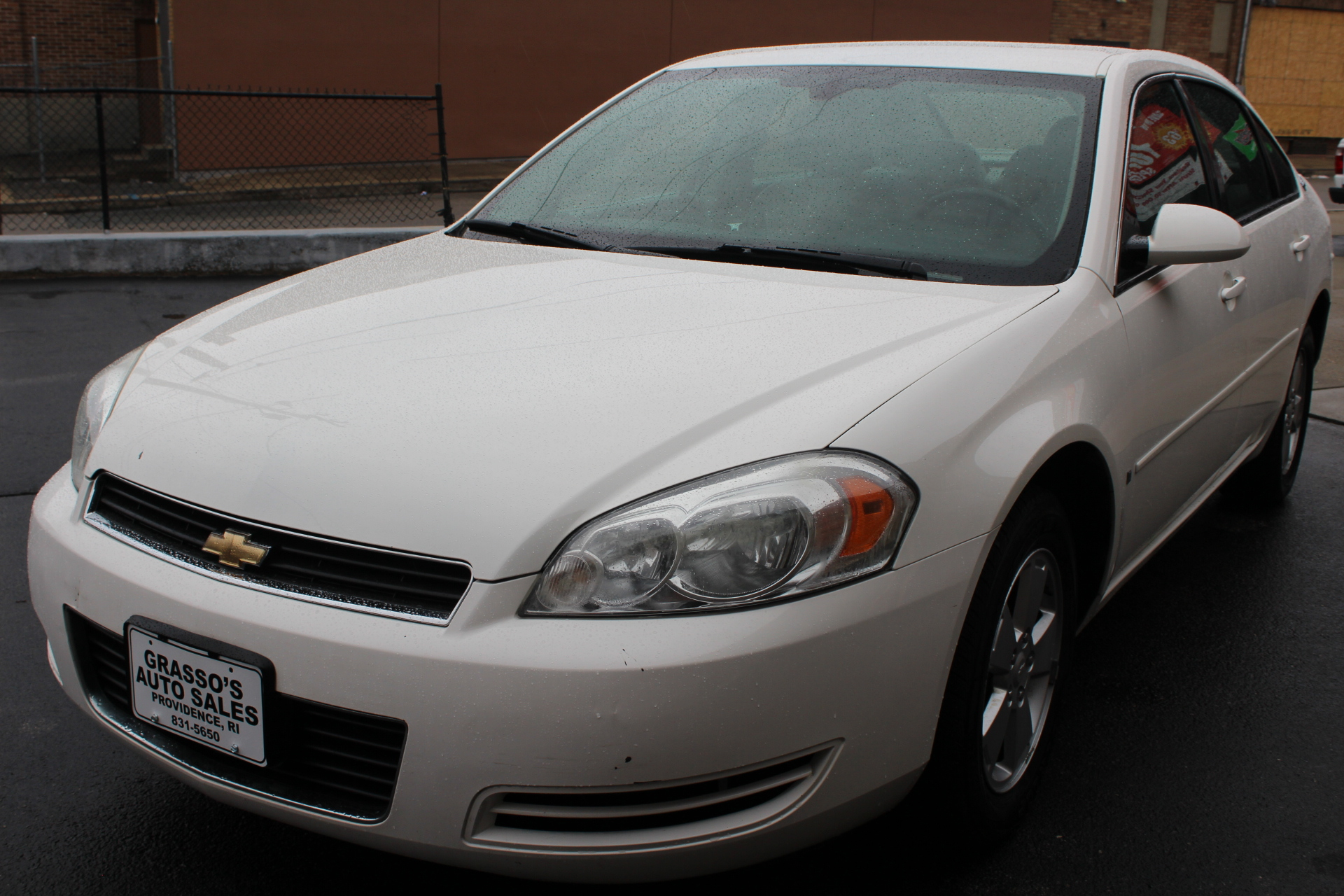 2006 Chevrolet Impala 4dr Sdn LT 35L TWO OWNERS  NO ACCIDENTS  NON SMOKER  COMPLETELY SERVICED