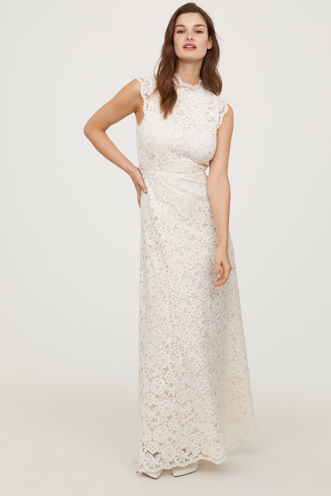 5 Retailers You Didn\'t Know Made Affordable Wedding Dresses · Betches