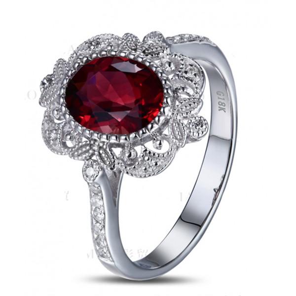 8 Diamond Alternatives For Engagement Rings