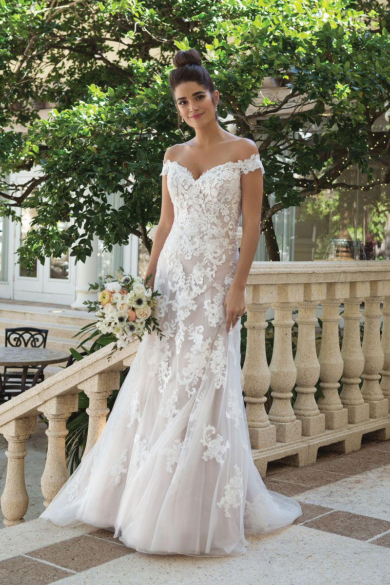 0953fadb4b5c Where To Buy The Iconic Wedding Dresses From Your Favorite Movies ...