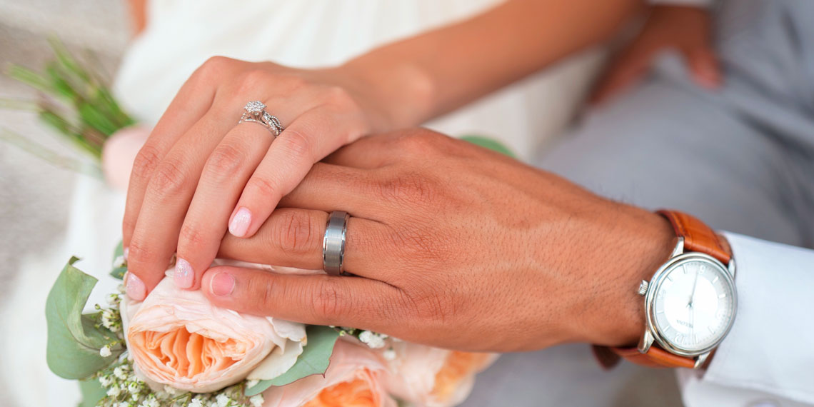Is Planning Your Wedding When You're Not Engaged Insane?