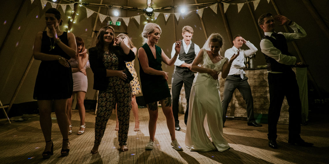 How To Choose A Band For Your Wedding