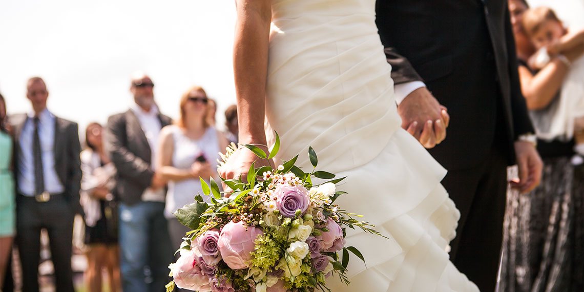 7 People To Invite To Your Wedding If You Thrive On Drama