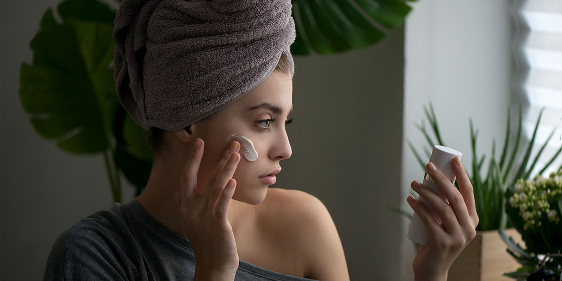 Is Your Skin Dry, Or Is It Actually Dehydrated? Why The Difference Matters