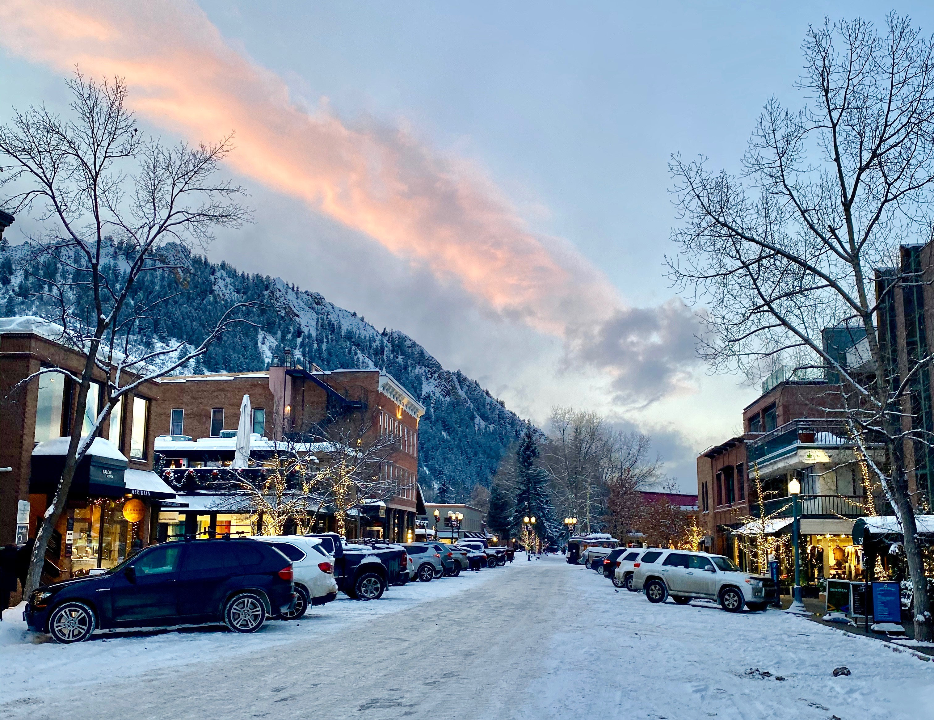 The Betches' Bachelorette Guide To Aspen