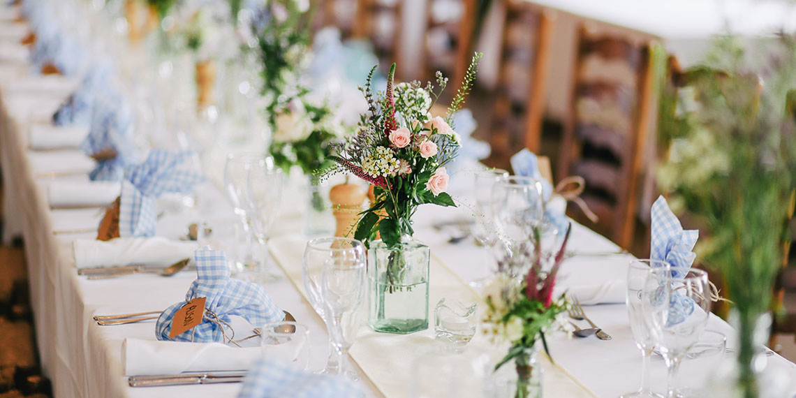 5 Things Your Wedding Planner Wants You To Know