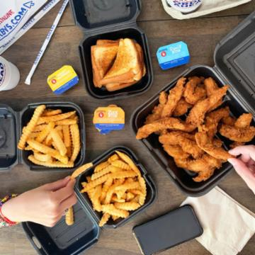 Cashier Job At Zaxby S Chicken Fingers Buffalo Wings In Keller Tx The chain operates primarily in the south, and has more than 900 locations. cashier job at zaxby s chicken fingers