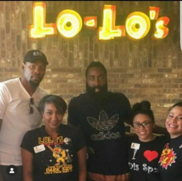 Lo-Lo's Chicken and Waffles photo