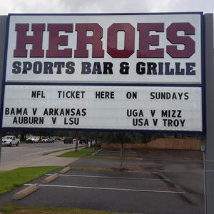 Heroes Sports Bar & Grille USA logo