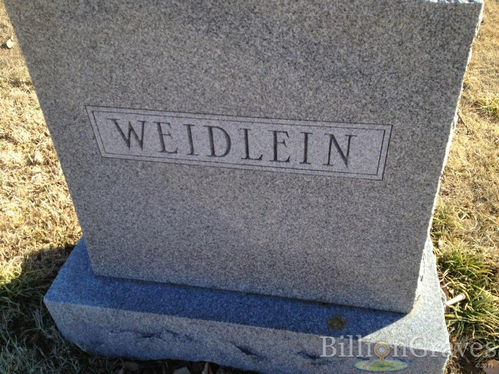 Headstone image of Nettie M. Weidlein