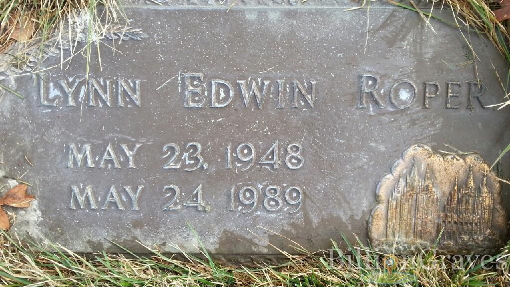 Headstone image of Lynn Edwin Roper