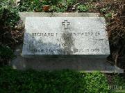 Richard F Vanantwerp, Sr