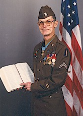 Desmond T. Doss pointing to the Bible