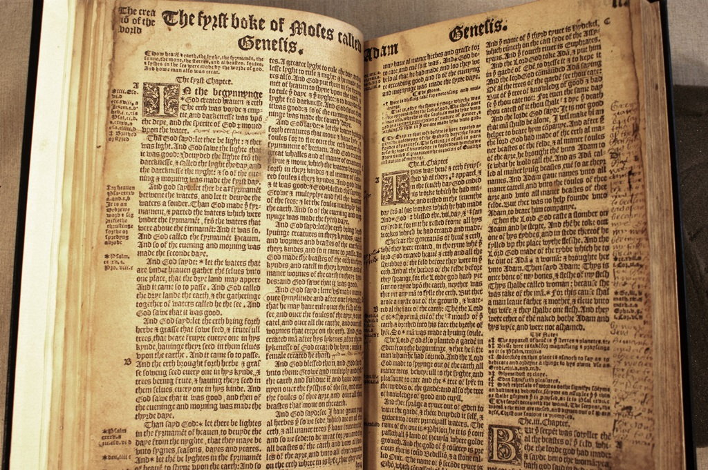 Bible gateway adds new matthew bible to its extensive online bible the matthew bible fandeluxe Image collections