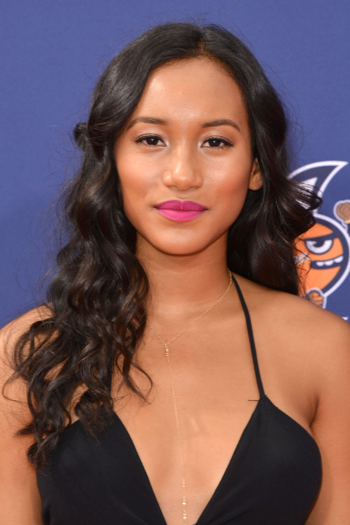 How To Set Table Bgn Interviews Actress Sydney Park Black Girl Nerds