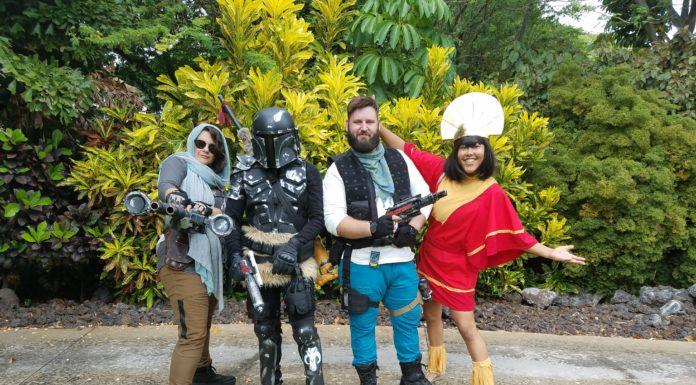 HawaiiCon cosplayer's new groove!