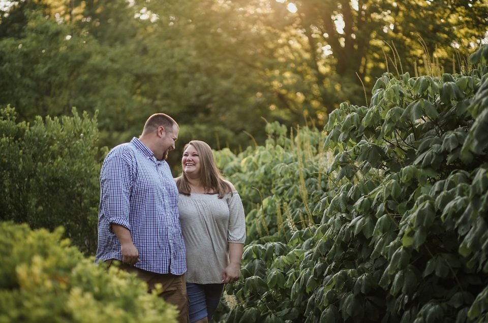 Kenny & Carrie | Louisville, KY Engagement Photographer