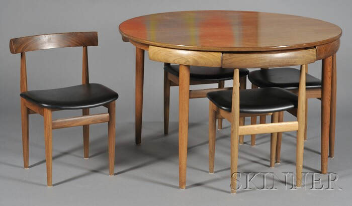 Hans Olsen Dining Table and Four Chairs Bidsquare : full 121 901121 from www.bidsquare.com size 700 x 410 jpeg 52kB