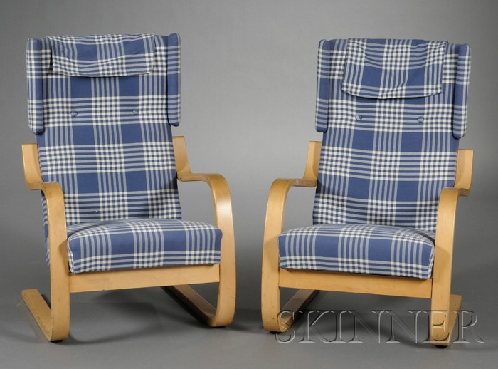 Two alvar aalto high back lounge chairs bidsquare for Alvar aalto chaise lounge