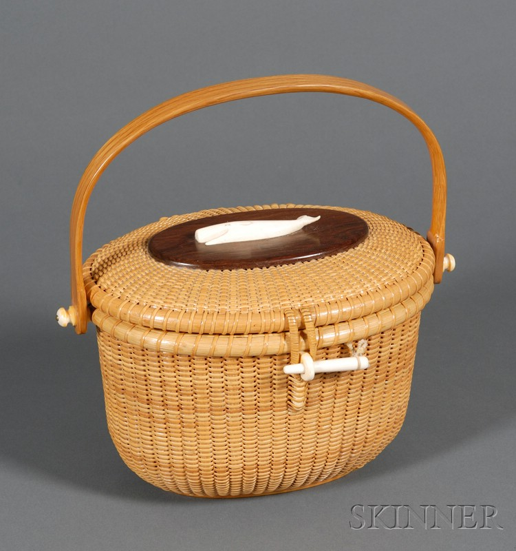 Woven Basket Purse : Woven nantucket basket purse with carved ivory sailing