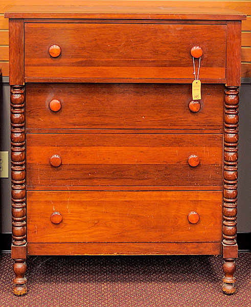 Davis Cabinet Co., Cumberland Patten, Chest of Drawers | Bidsquare