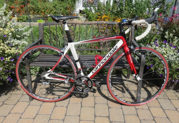Vélo de route Cannondale Synapse tout carbone!