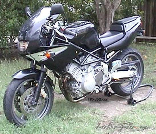 1996 YAMAHA TRX 850 | Picture 691 motorcycle photo