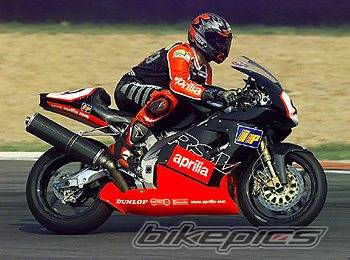 2001 APRILIA RSV 1000R MILLE | Picture 4749 motorcycle photo