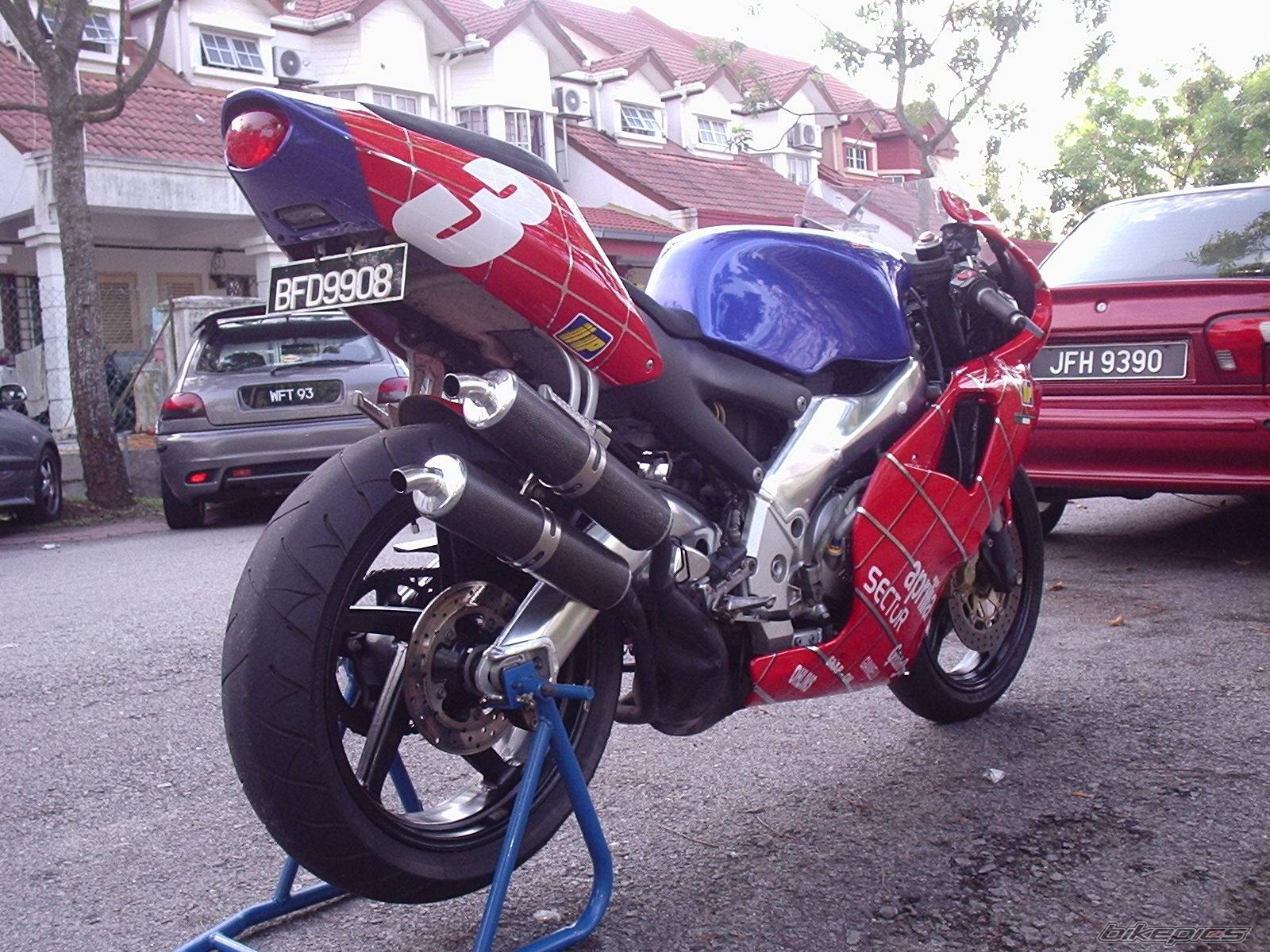 2004 APRILIA RS 250 | Picture 188367 motorcycle photo