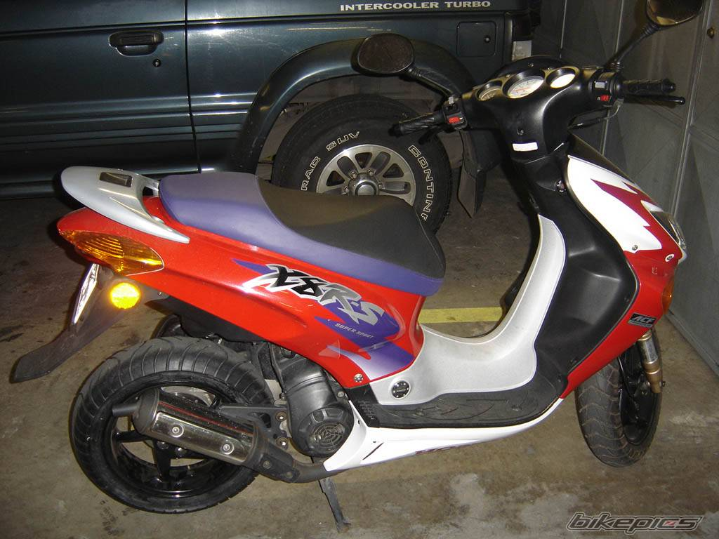2004 HONDA X8R S | Picture 205429 motorcycle photo