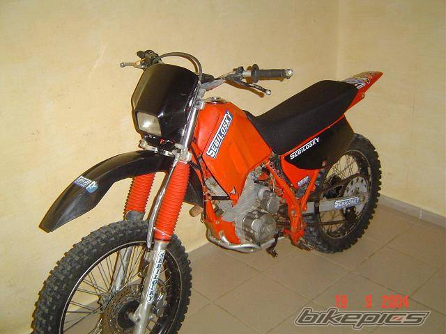 1997 HONDA XR 200 | Picture 215437 motorcycle photo