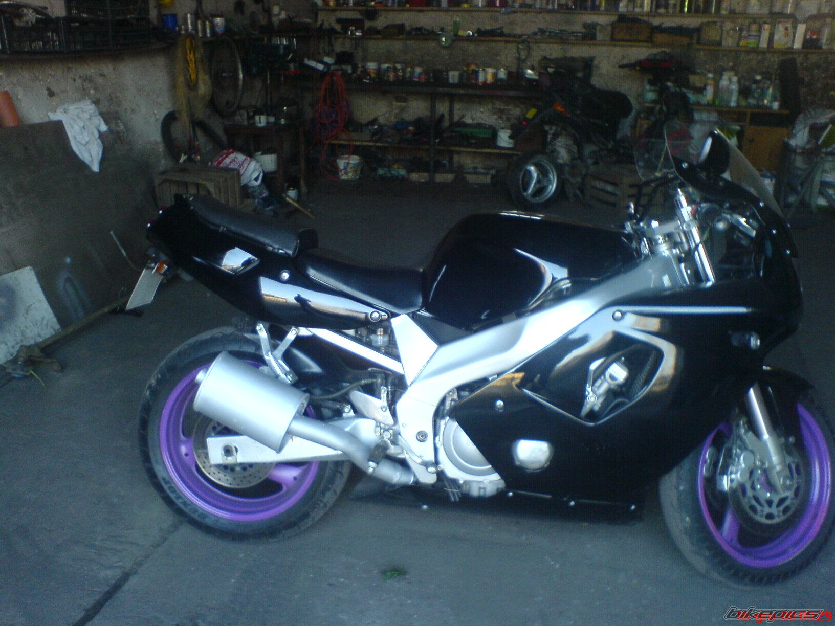 1998 YAMAHA FZR 600 | Picture 1526189 motorcycle photo