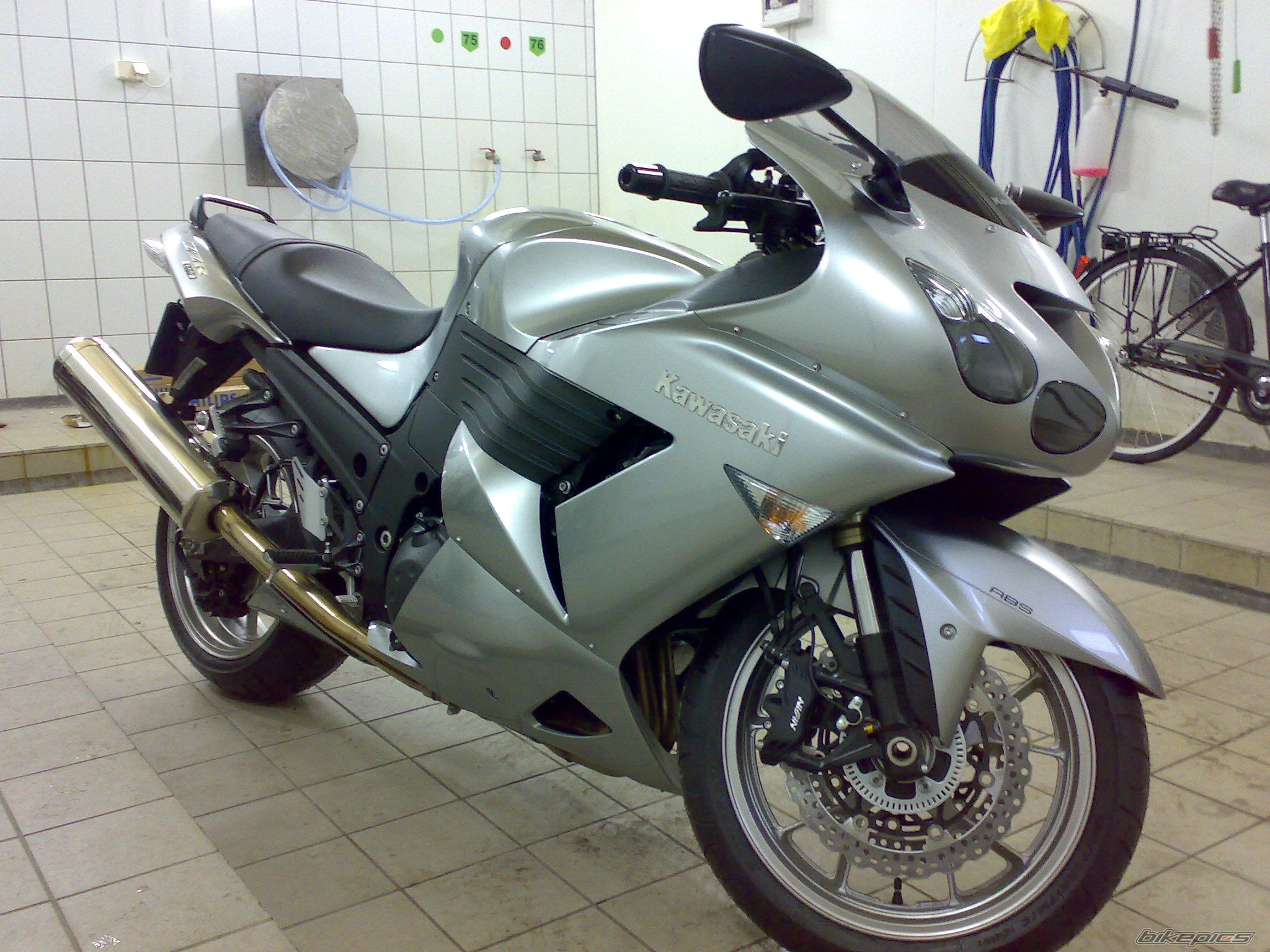 2008 KAWASAKI ZZR 1400 | Picture 1583179 motorcycle photo
