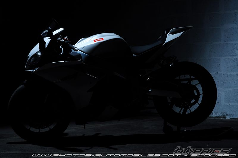 2010 APRILIA RSV4 | Picture 2159094 motorcycle photo