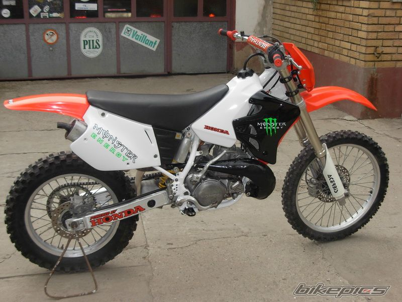 1996 HONDA CR 250 | Picture 2233743 motorcycle photo