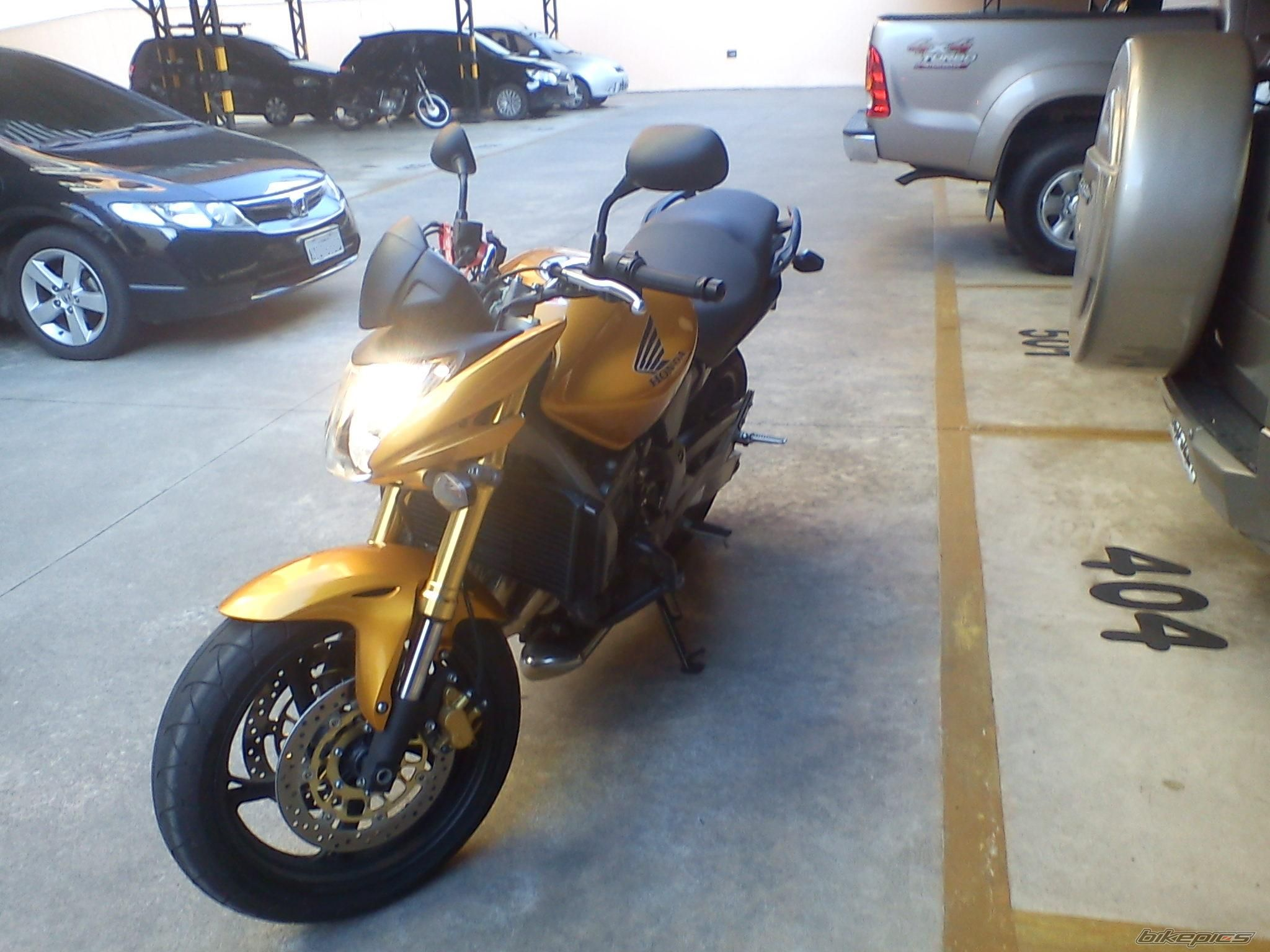 2010 HONDA CB 600 HORNET | Picture 2317689 motorcycle photo