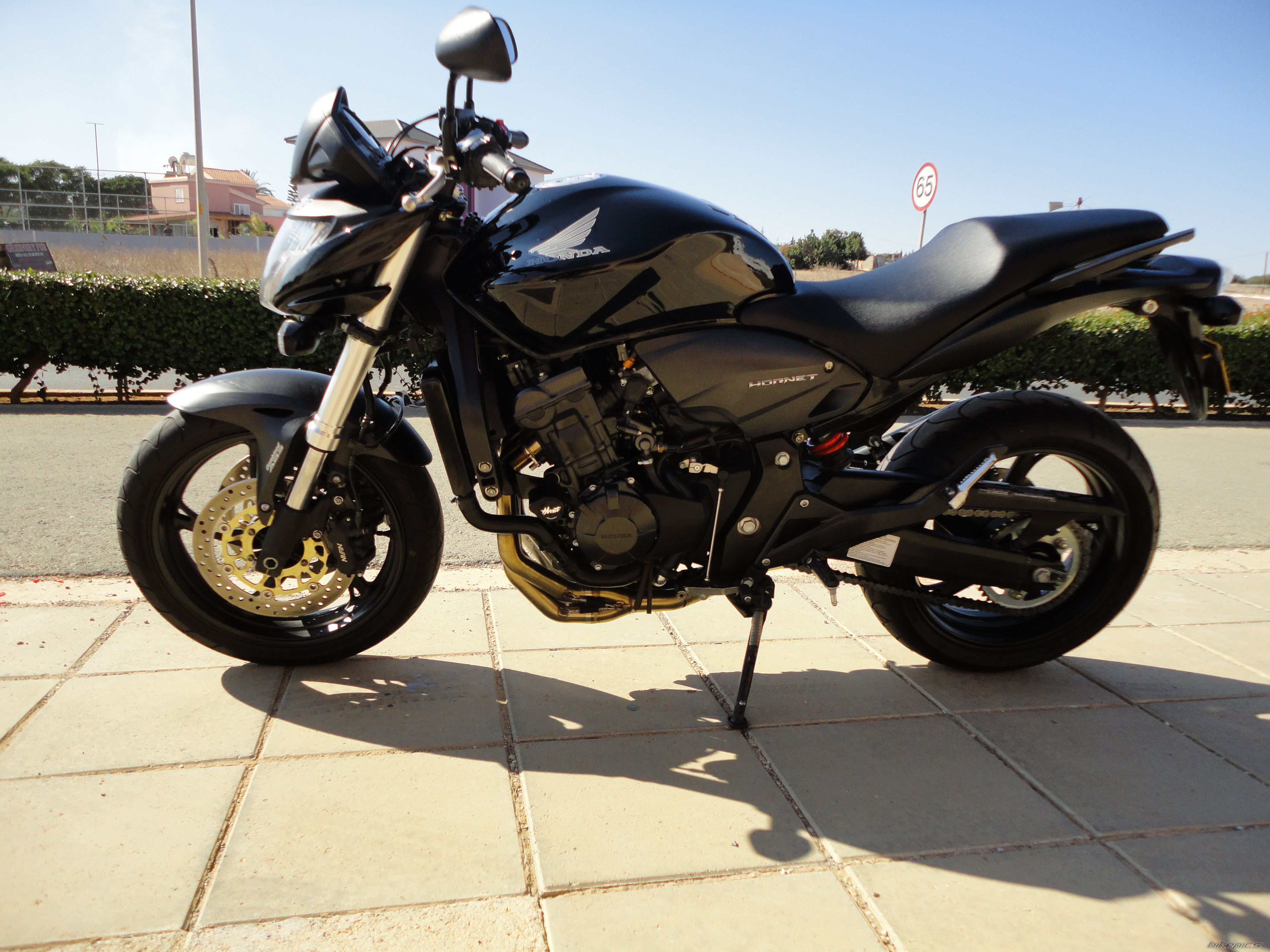 2010 HONDA CB 600 HORNET | Picture 2333868 motorcycle photo