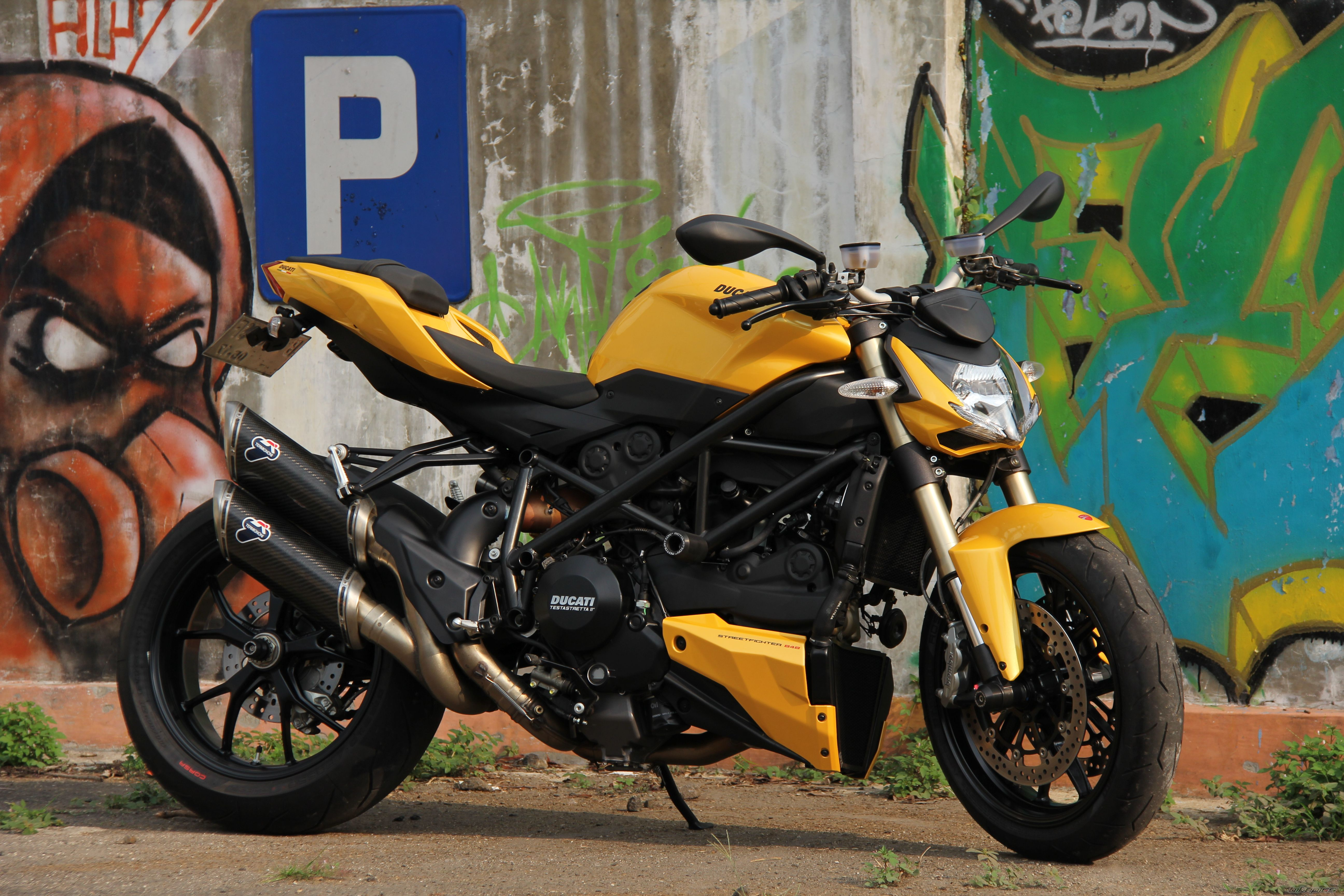 2012 DUCATI STREETFIGHTER | Picture 2425647 motorcycle photo