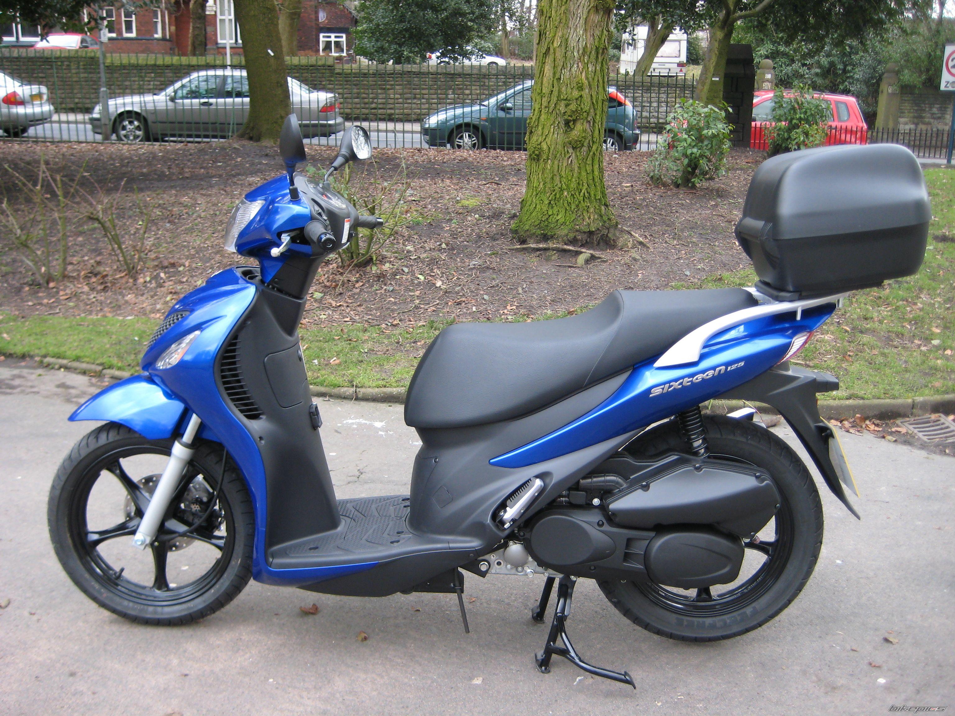 2010 Suzuki Ux125 Sixteen   Picture 2524485
