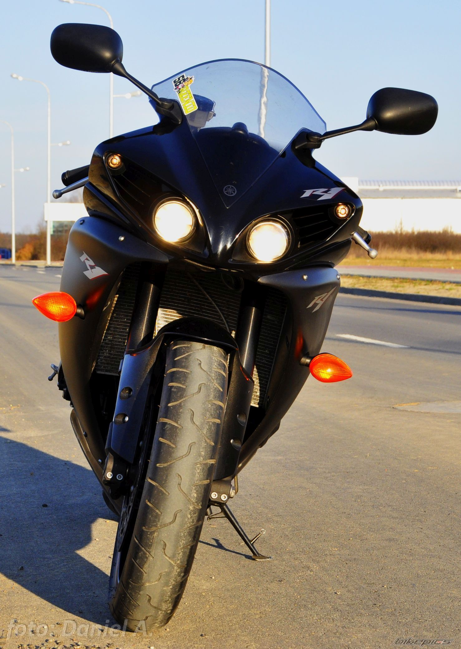 2012 YAMAHA YZF R1 | Picture 2778744 motorcycle photo