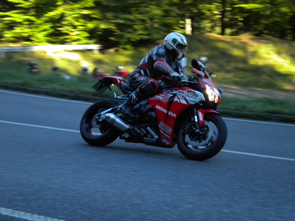 2010 HONDA CBR 1000 RR | Picture 2813685 motorcycle photo