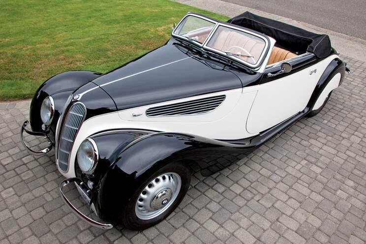 Black tie cabriolet 4