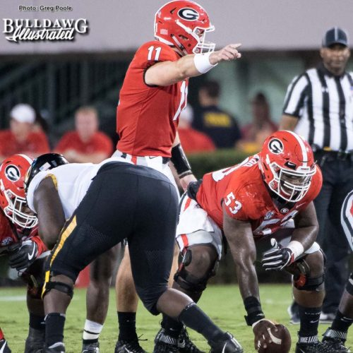 Jake Fromm gets his team ready for the snap vs. Missouri