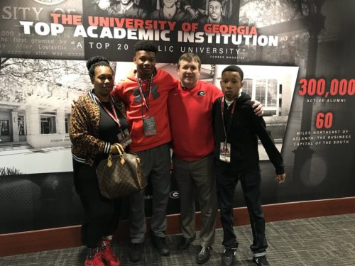 Rico Powers Jr and family with Kirby Smart. Photo @2kyrie__ Twitter