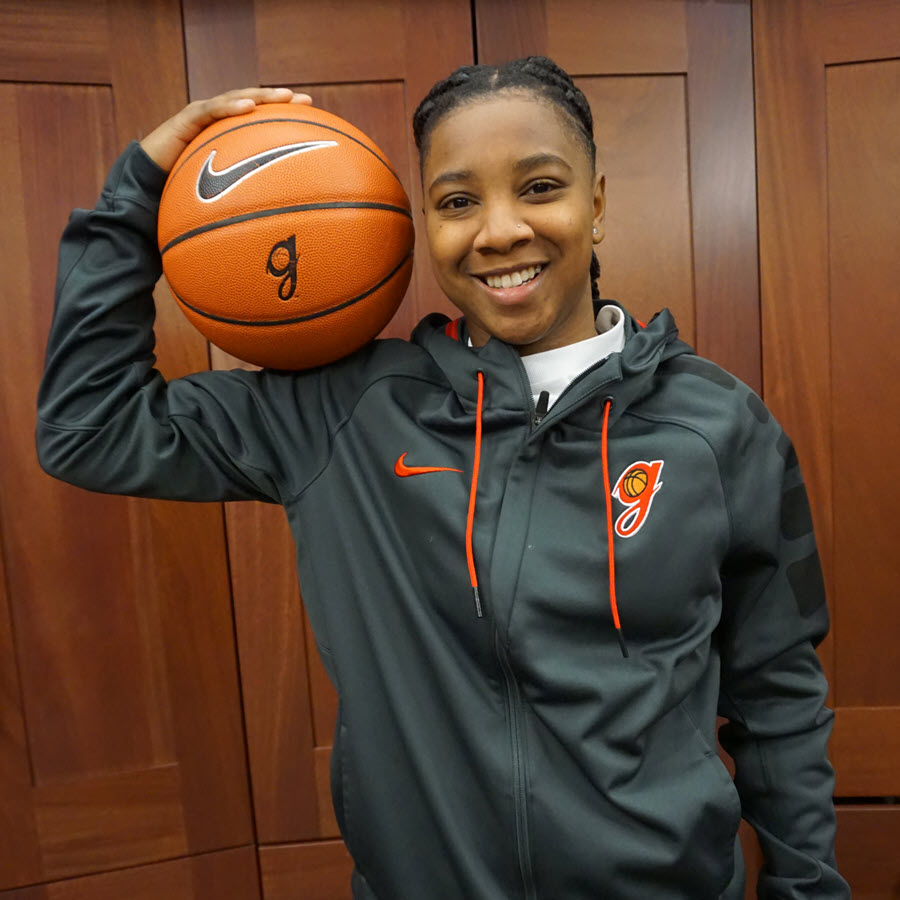 Shaniya Jones (Photo: Ryan Leonard, Georgia women's basketball)
