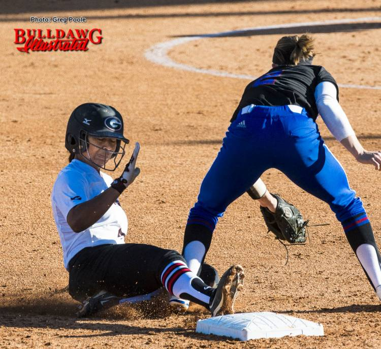 Ciara Bryan slides safely into 2nd