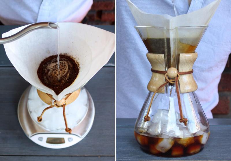Chemex iced coffee pour moustache large