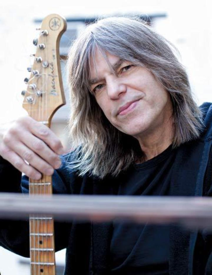 Mike Stern @ SALLE S.GRAPPELLI - Nice, France