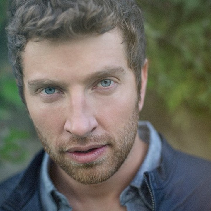 Brett Eldredge @ Rogers Arena w/ Keith Urban & Little Big Town - Vancouver, Canada