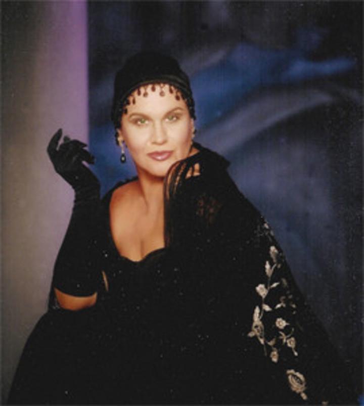 Maggie Carles @ Miami-Dade County Auditorium - Miami, FL